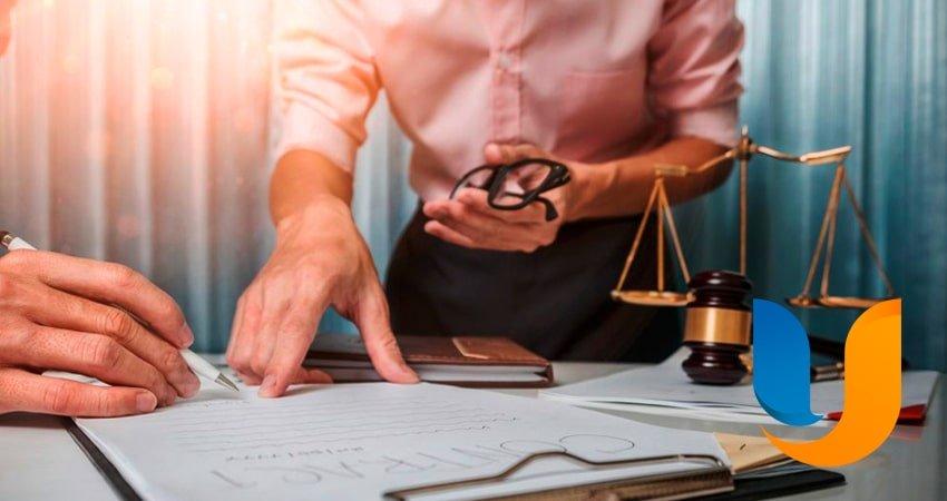Що робити, якщо у страхової компанії відкликали ліцензію